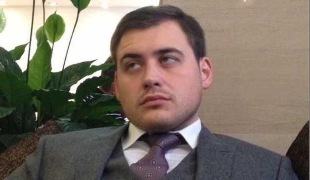 Бандит Сергей Тронь решил стать историком и литературным критиком