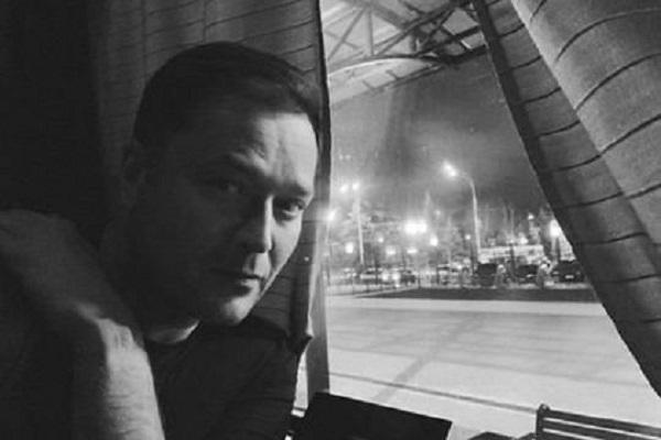 В поезде из Тамбова в Москву на 42-м году жизни скончался лидер «Новой России» Никита Исаев