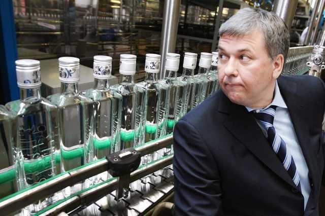 ФСБ задержала руководителей управления Росалкоголя по ЦФО