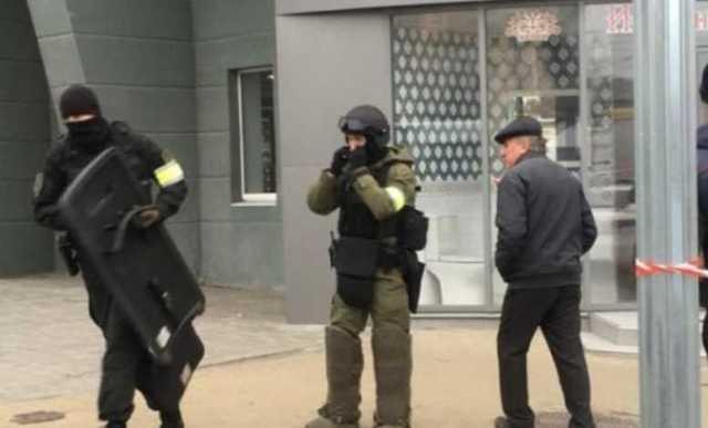 Ростовский следователь отпустил жену, удерживаемую в заложниках