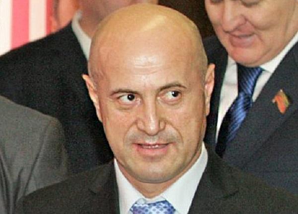 Магомедрасул Омаров требовал 680 млн за авторграф