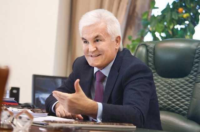 Свой «стоматолог» в команде министра энергетики Оржеля