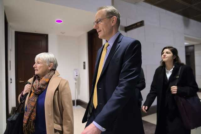 The Washington Post: Еще два свидетеля дали показания против Трампа по Украине