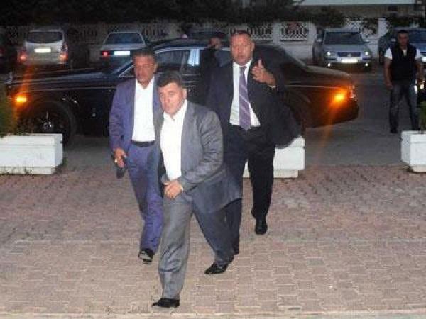 Деловой партнер Трампа Тевфик Ариф превратил яхту Ататюрка в бордель