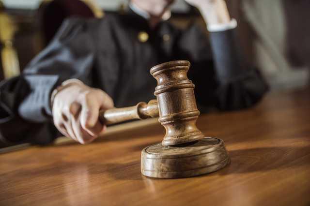 137389 - Суд отправил под ночной домашний арест чиновника Гепы