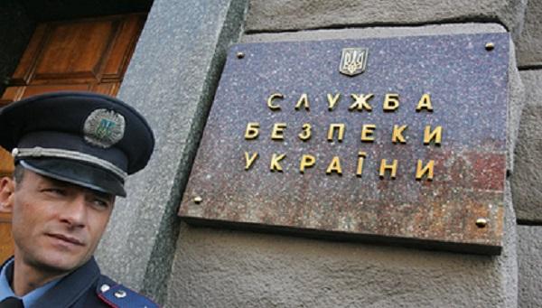 Обвиненный Украиной в шпионаже российский адвокат вернулся на родину