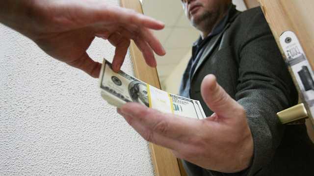 Депутат Херсонского облсовета задержан за вымогательство