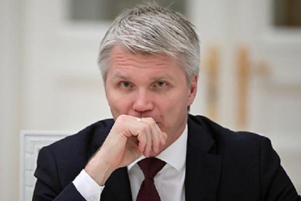 Кремль объяснил награждение министра спорта орденом Александра Невского