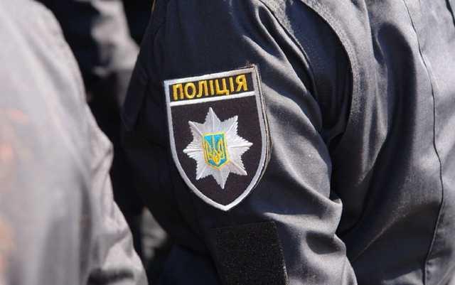Депутат Николаевского облсовета направил пистолет на остановившего его патрульного