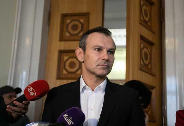 Вакарчук не декларировал деньги, заработанные на концерте в Минске, – СМИ