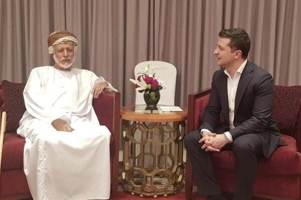 """""""Трэш на высшем уровне"""": в сети указали на проколы визита Зеленского в Оман"""
