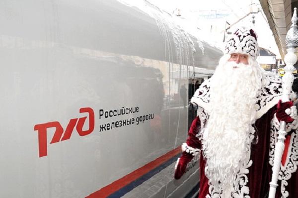 Юным пассажирам «Сапсана» вручат сладкие новогодние подарки, но кто ответит за их безопасность?