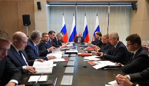Путин назвал состояние здравоохранения в Крыму плачевным