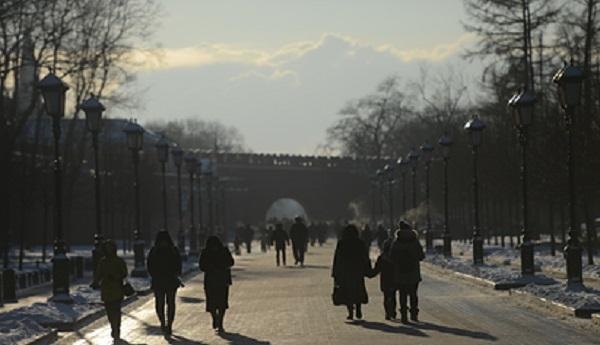 У стен московского Кремля умер человек