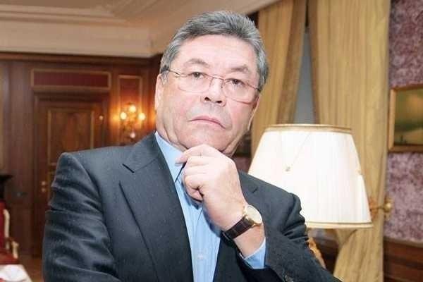 Коммерсант: главаря казахской мафии Патоха Шодиева обьявили в розыск по линии Интерпола