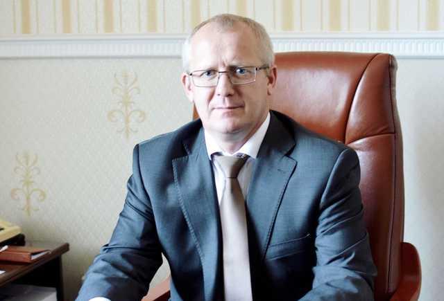 Обвиняемому в госизмене экс-замминистра Бровченко добавили статью за растрату