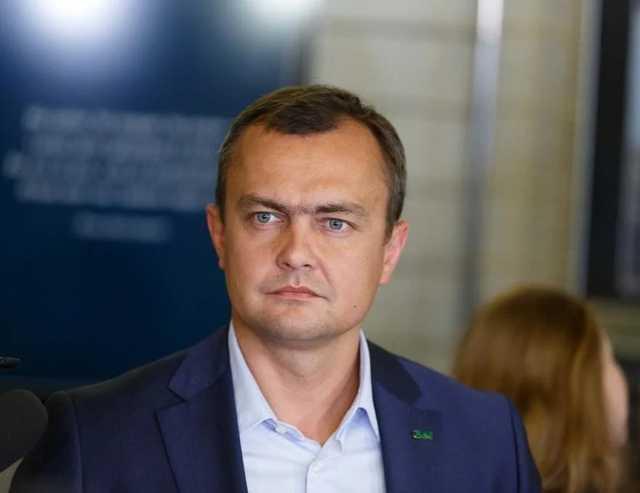 Нардеп от «Слуги народа» рассказал, что его связывало с организатором убийства Окуевой