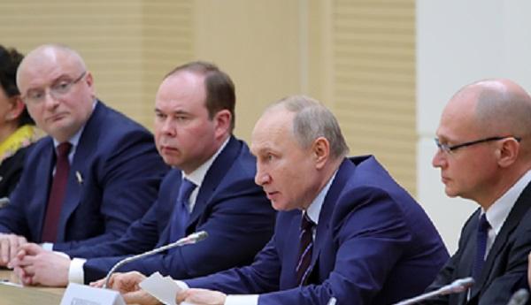 Путин не исключил дополнительные поправки в Конституцию