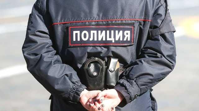 В России школьников учат разгонять протестные акции