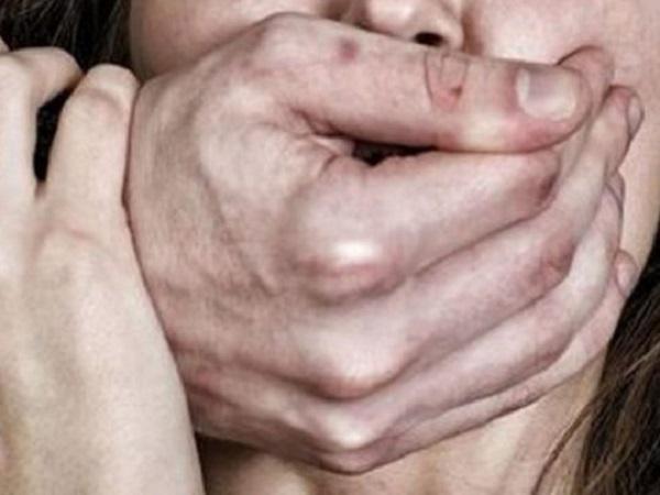"""Изнасиловали на """"собеседовании"""" и пытались убить: страшная история из Никополя"""