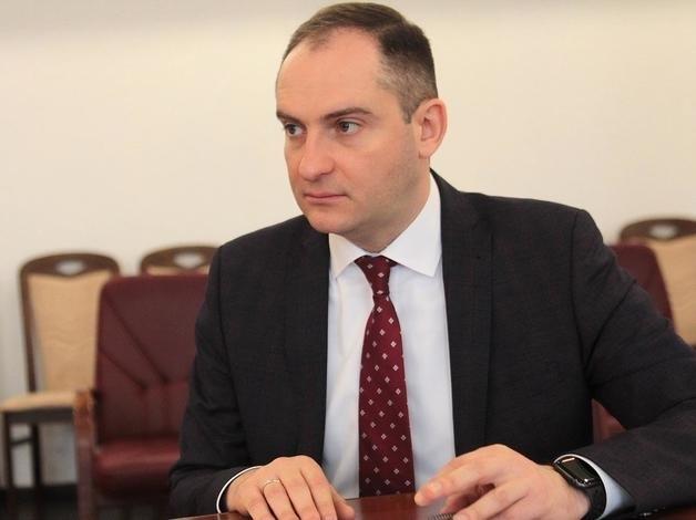 Глава ГНС Сергей Верланов начал давать показания и сливать подельников Костюка, Витыка и Цабака