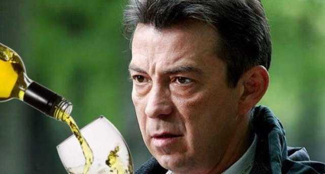 Очередная проблема с сериалом «Сваты»: Николай Добрынин спивается на глазах