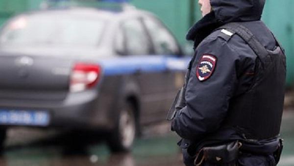 Полуголый неадекватный россиянин попытался пробраться в детский сад