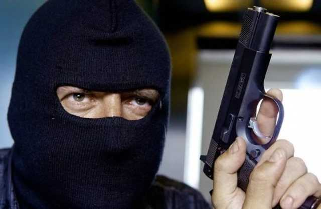 Налётчик перед ограблением ставил в банках жучки