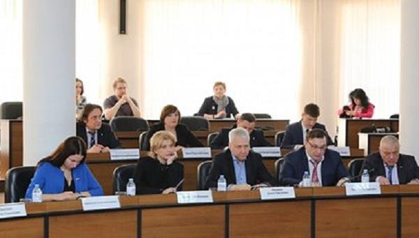 Депутаты российского города отказались от бизнес-класса