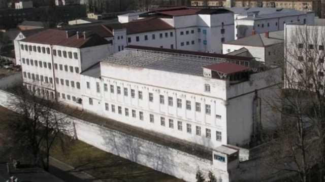 По ту сторону Лукьяновского СИЗО. Расценки за услуги и негласные правила, по которым живет главная тюрьма Украины