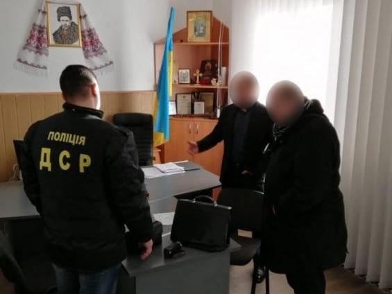 """В Винницкой области разоблачен сговор депутата с """"авторитетами"""""""