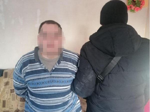 В Киеве поймали преступника, травившего людей медпрепаратами возле станции метро