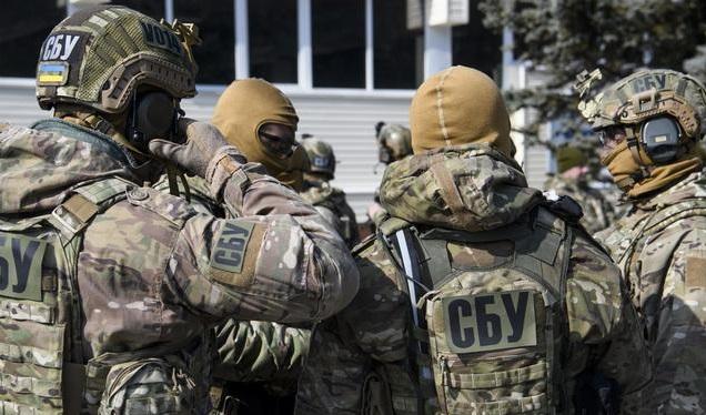 """СБУ обыскивает """"Киевметрострой"""" и """"Укргазбанк"""""""