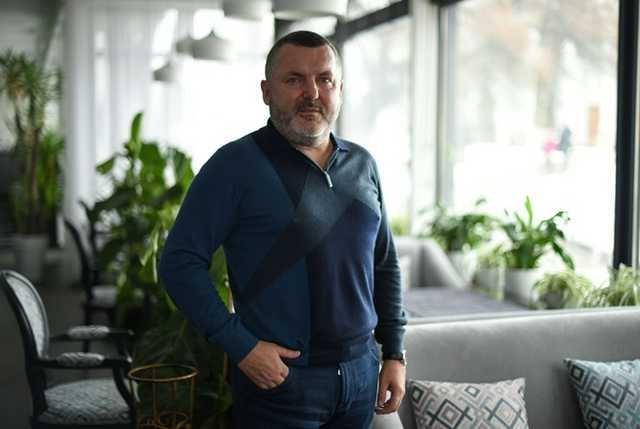 Юрий Ериняк, он же Юра Молдаван очень желает стать солидным и успешным бизнесменом