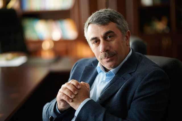 """""""На его месте я подал бы в отставку"""": доктор Комаровский жестко раскритиковал Зеленского"""