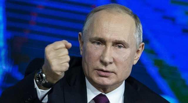 В сети высмеяли конфуз Путина в Сенате