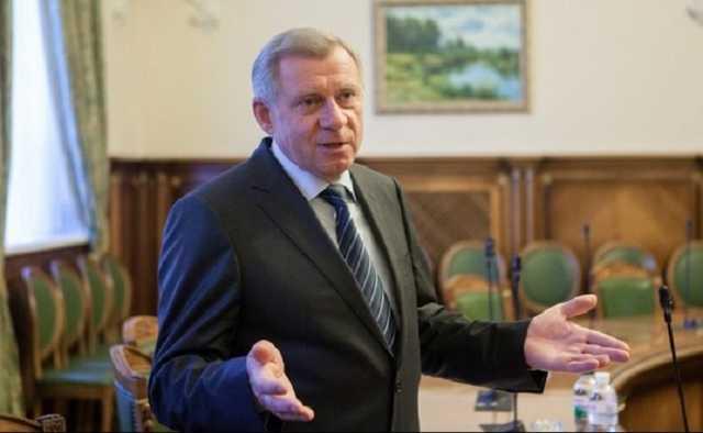 Глава НБУ Смолий в январе трижды получил зарплату