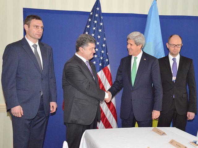 Порошенко за Украину в НАТО